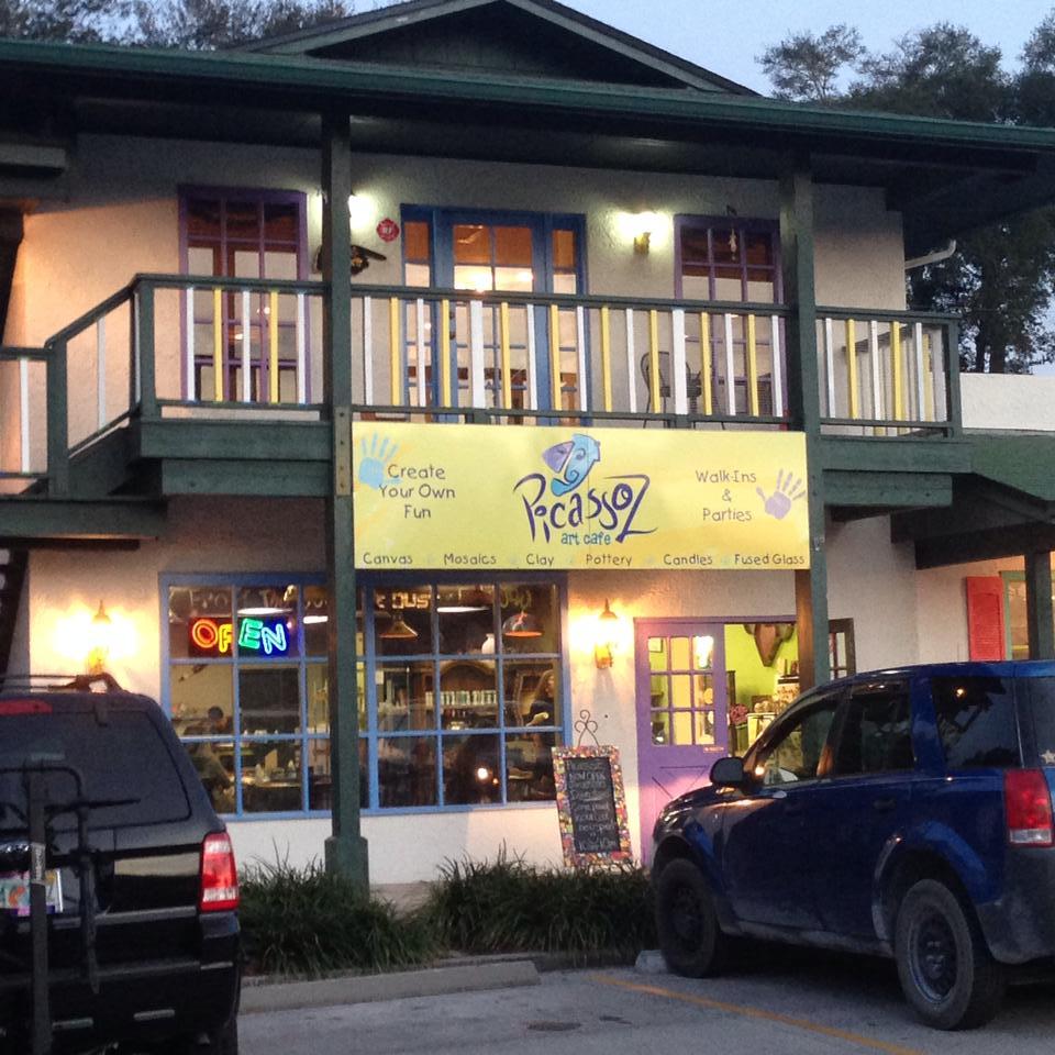 PicassoZ Art Cafe & Party Loft